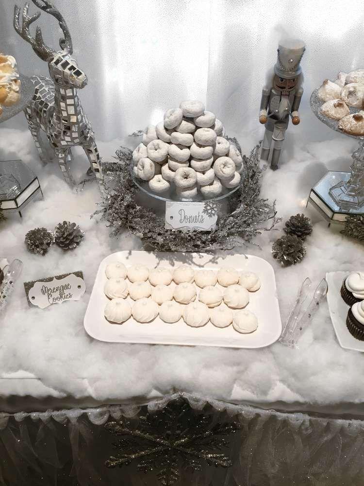 Mary's Winter Wonderland | CatchMyParty.com #winterwonderlandbabyshowerideas