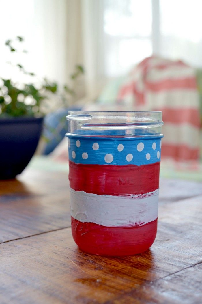CHALKY PAINT FLAG MASON JAR Mad