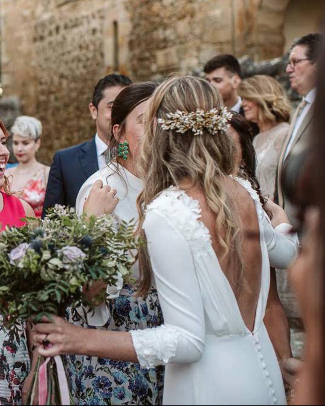 #bebas #dressbybebas #weddinginspiration #weddingdress