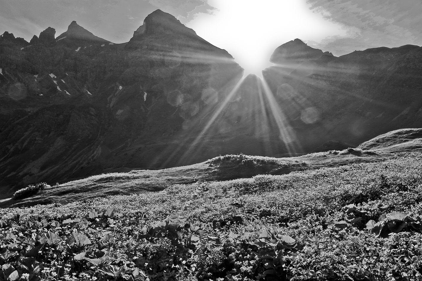 Sonnenaufgang an der Kemtner Hütte im Juli 2013.