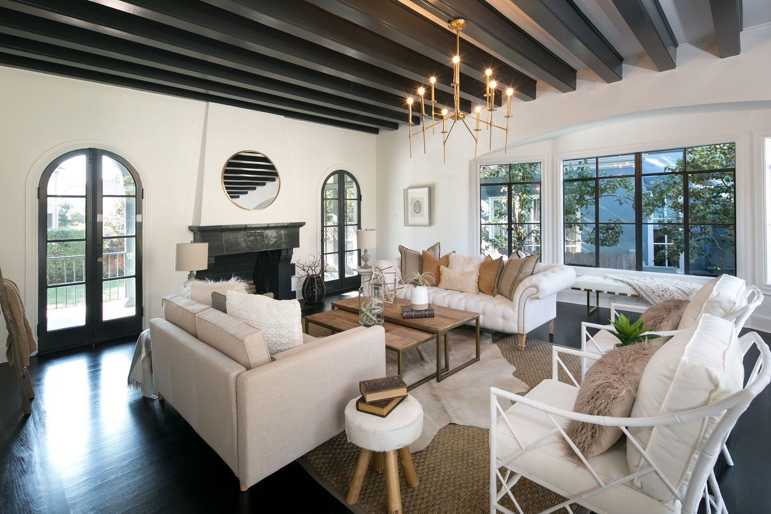 4 Marvelous Mediterranean Style Living Rooms With Images