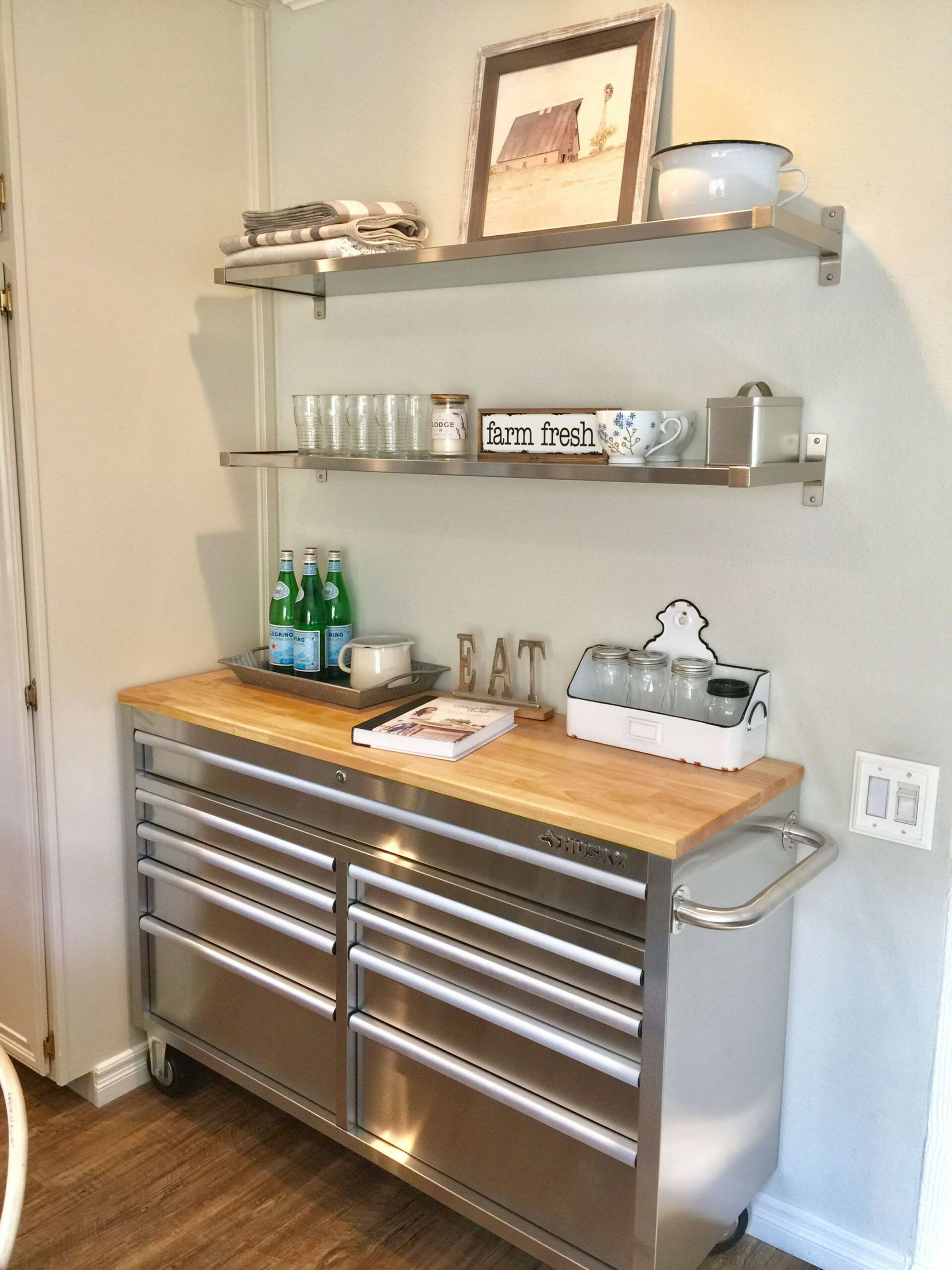 8 Kitchen Cabinets That Look Like Tool Boxes In 2020 Modern Kitchen Storage Kitchen Storage Hacks Outdoor Kitchen Design