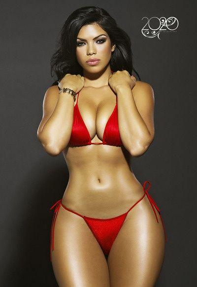 Resultado de imagen para latinas morenas en bikini