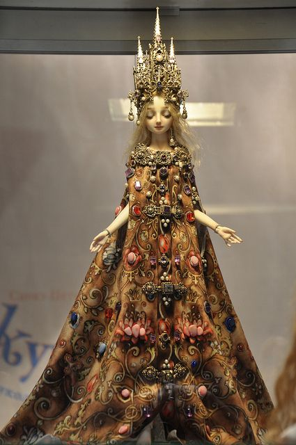 Cathedral - Enchanted Dolls by Marina Bychkova (this doll reminds me of the artist)