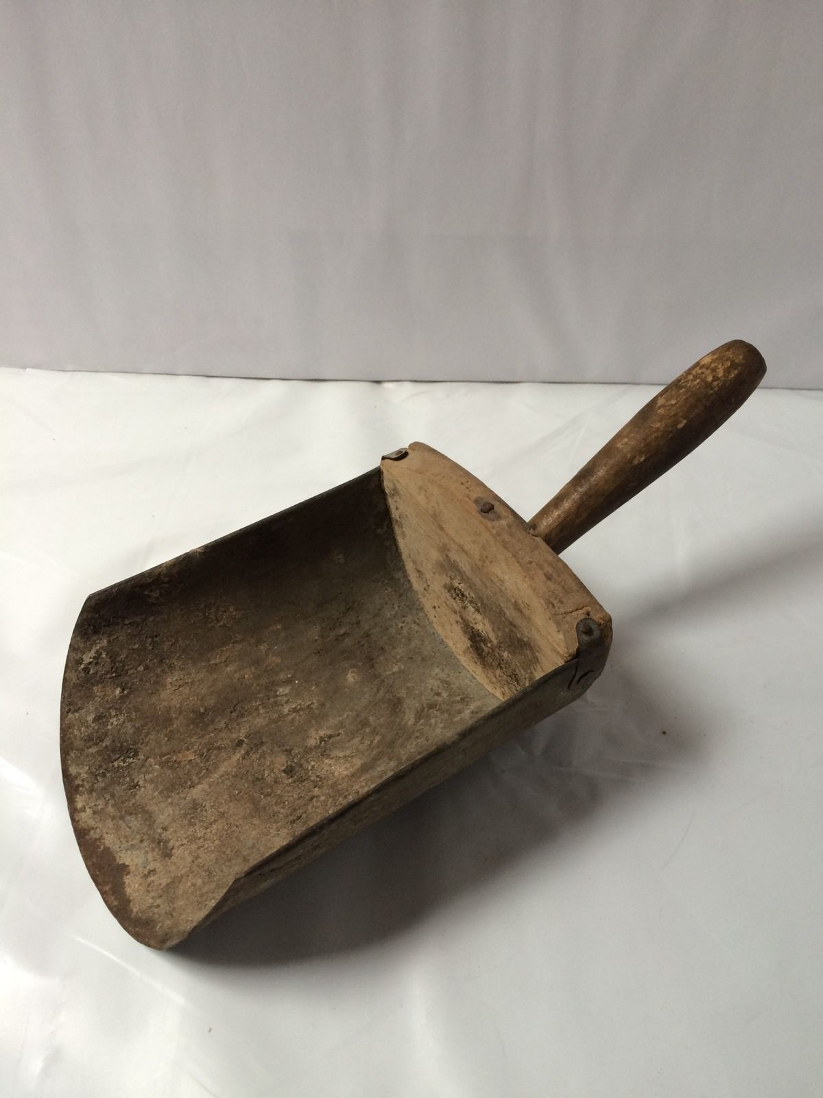 Antique Primitive Grain Scoop Farm Tool Wood Metal Ebay