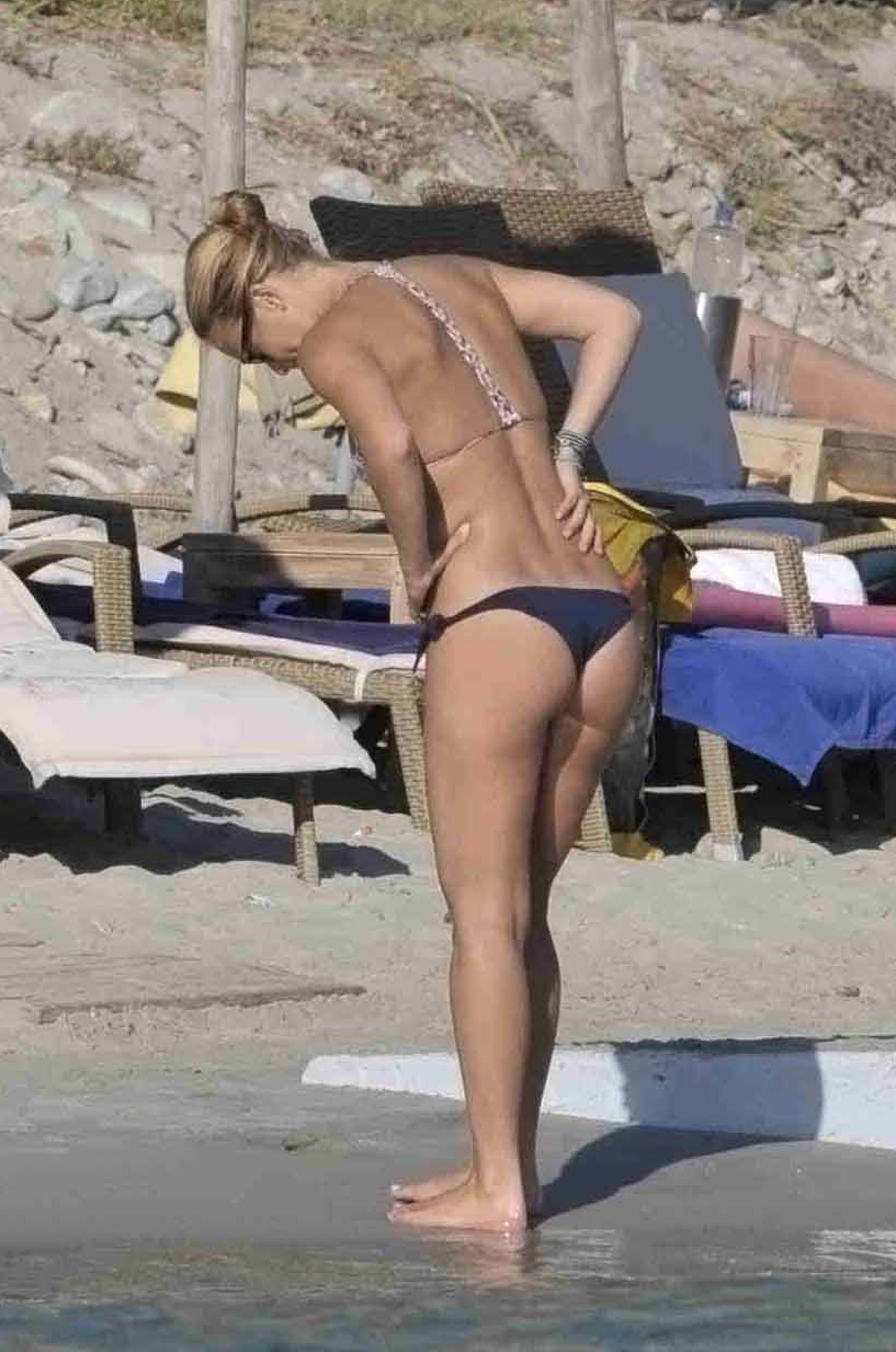 Watch Bar refaeli bikini video