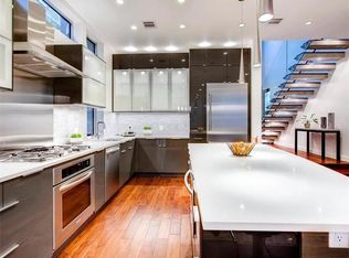 Zestimate Home Value Truly Unique Home In Tranquil Setting Premium Lot On West Bouldin Creek G Stainless Steel Staircase Clerestory Windows House Inspiration