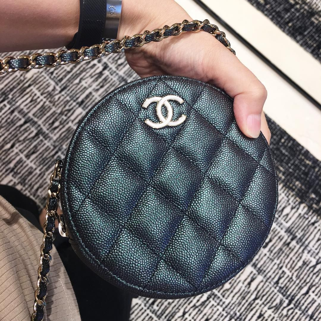 The New Chanel Round Clutch With Chain Pursebop Mini Chain Bag Chanel Handbags Chanel Bag