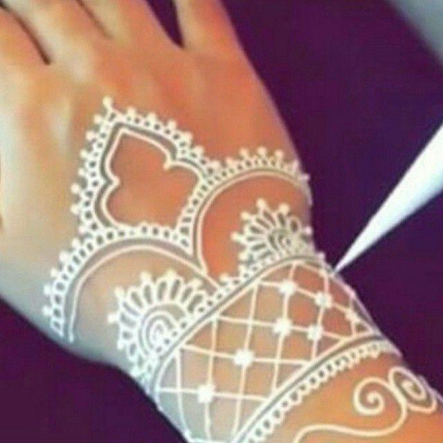 إبراء لذمه إن الحناء الأبيض ينقض الوضوء نقش حنا الرياض نقاشه الرياض Nqsh 0551848955 Hand Henna Henna Hand Tattoo Hand Tattoos