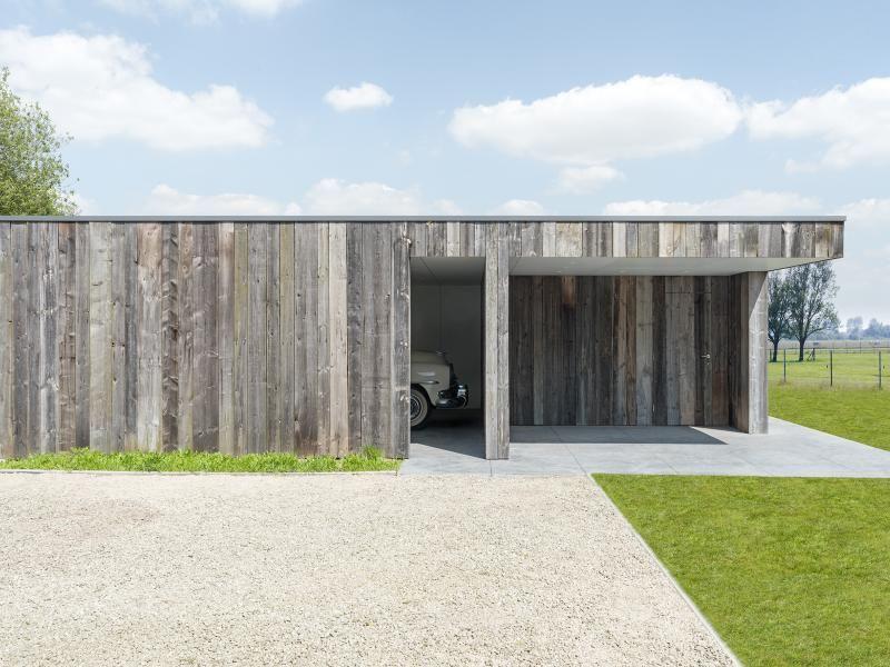 Moderne dubbele carport met berging en terrasoverkapping