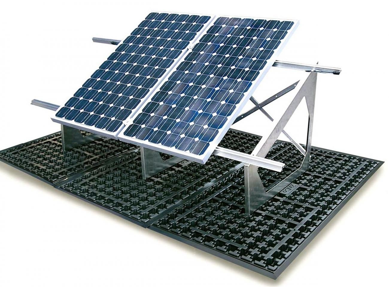 Extensive Ballast Distribution Achieved With The Zinco Solar Base Sb With Solar Base Frame For Installing The Sol Green Roof Roof Solar Panel Green Roof System