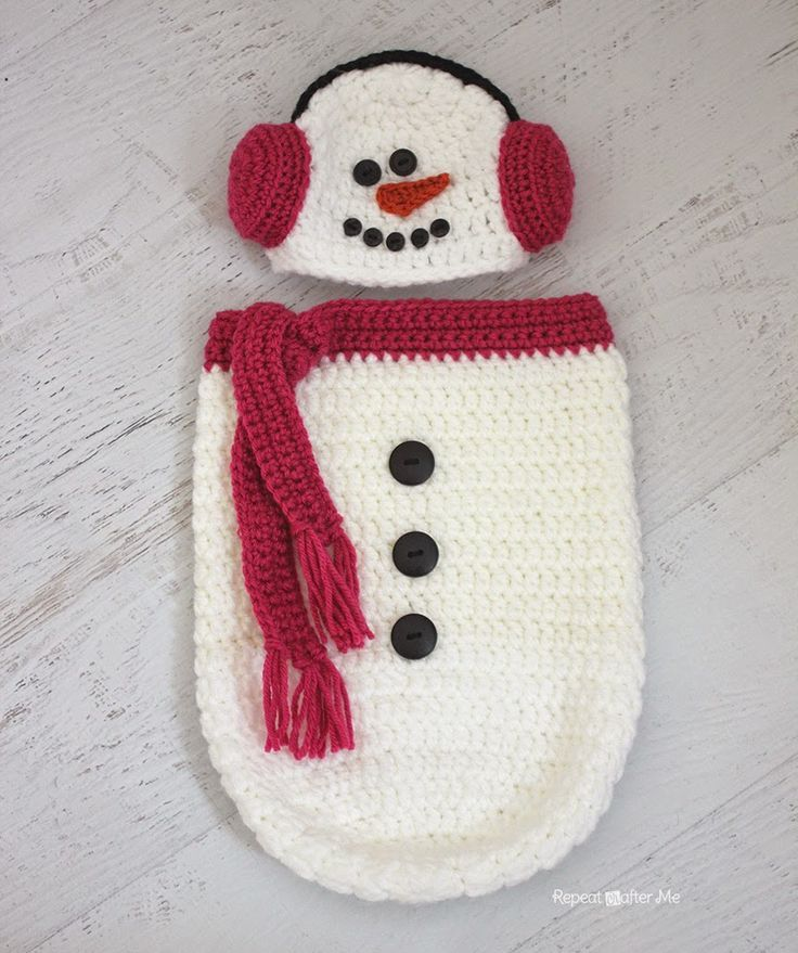 FREE Pattern from Repeat Crafter Me: Crochet Snowman Ear Muff Hat ...