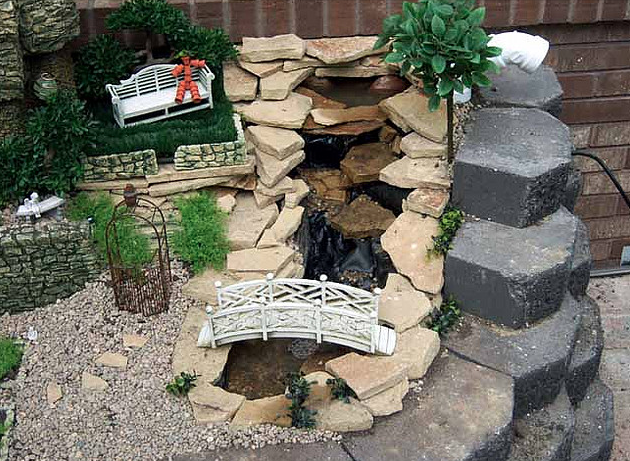 My fairy garden 39 s pond waterfall fairy gardens for Fairy garden waterfall