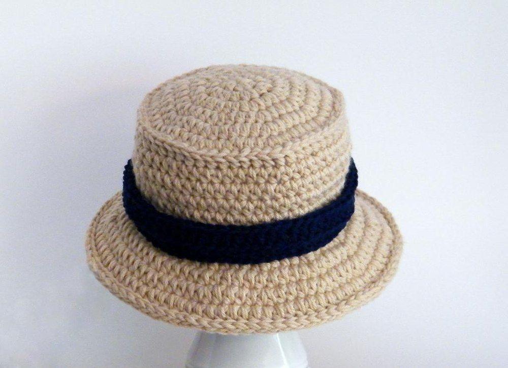 Chunky bucket winter hat crochet pattern by meadowvale