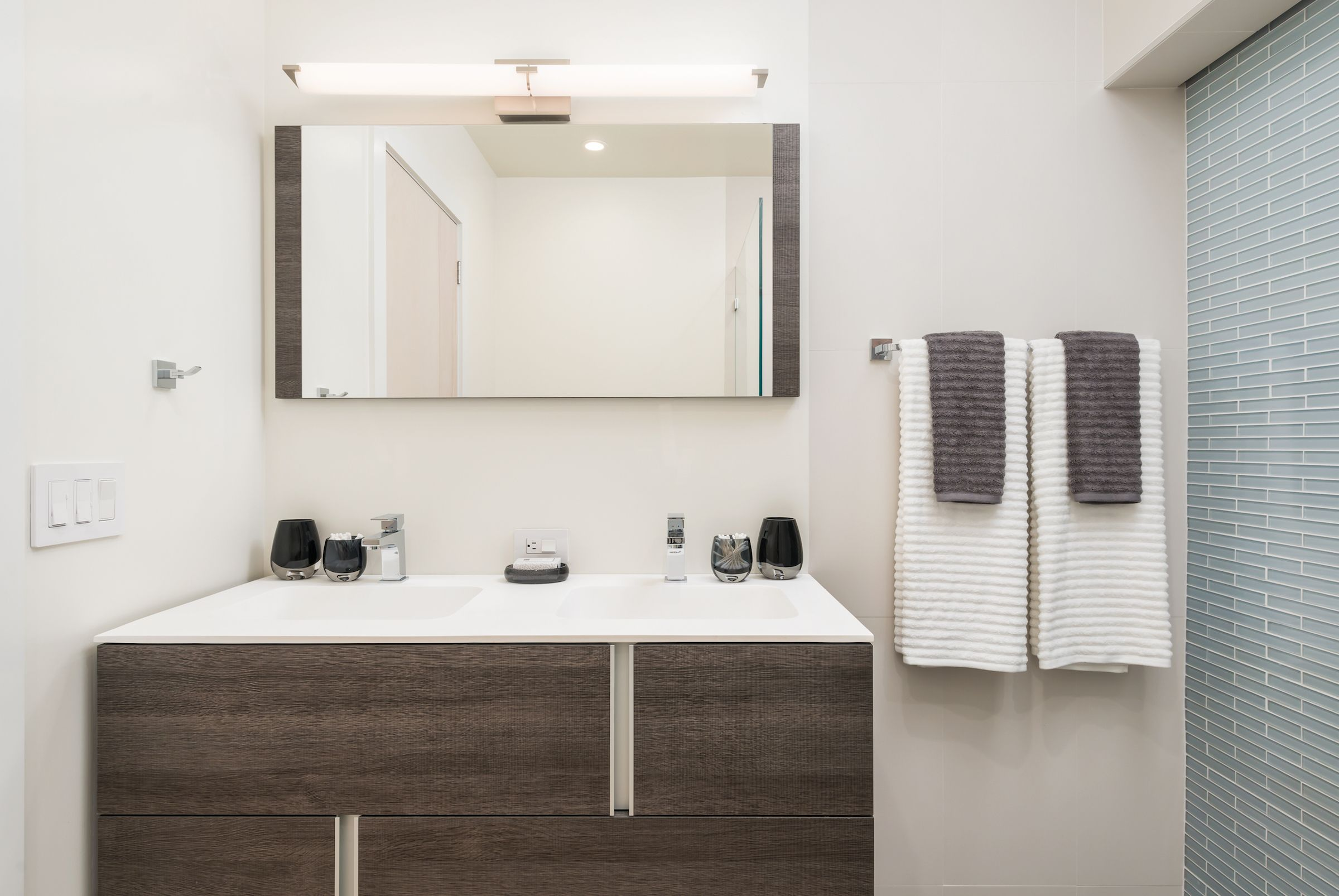 House Tour: A New Day | Horizontal mirrors, House tours and Bath light