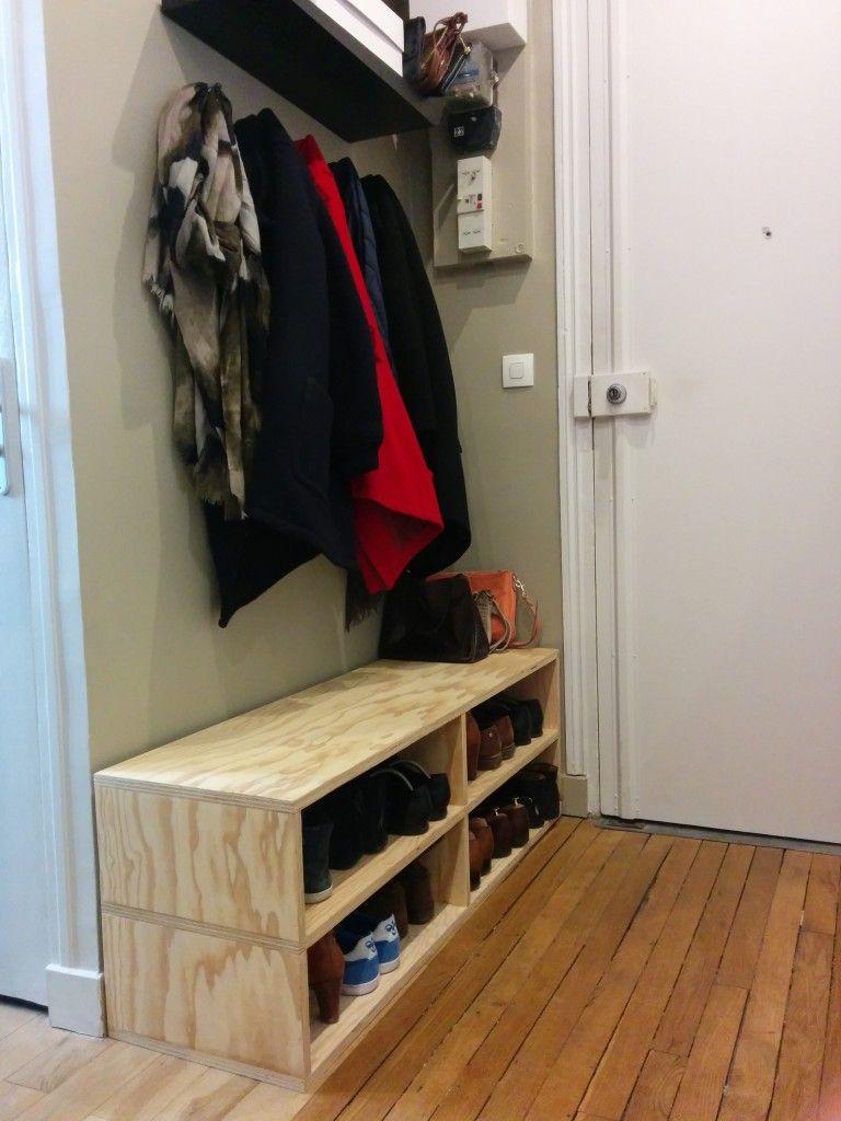 Construire Un Meuble À Chaussure le banc pour ranger les chaussures dans l'entrée fait par