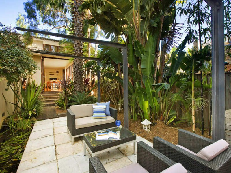 Tropical garden design ideas to inspire your outdoor space ... on Tropical Small Backyard Ideas id=64454