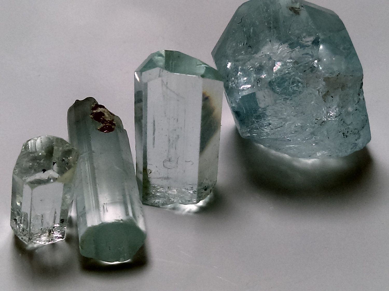 raw aquamarine crystal,rough aquamarine,aquamarine lot,aquamarine beryl,raw aquamarine stone,24 grams from pakistan by Gemscollection4u on Etsy