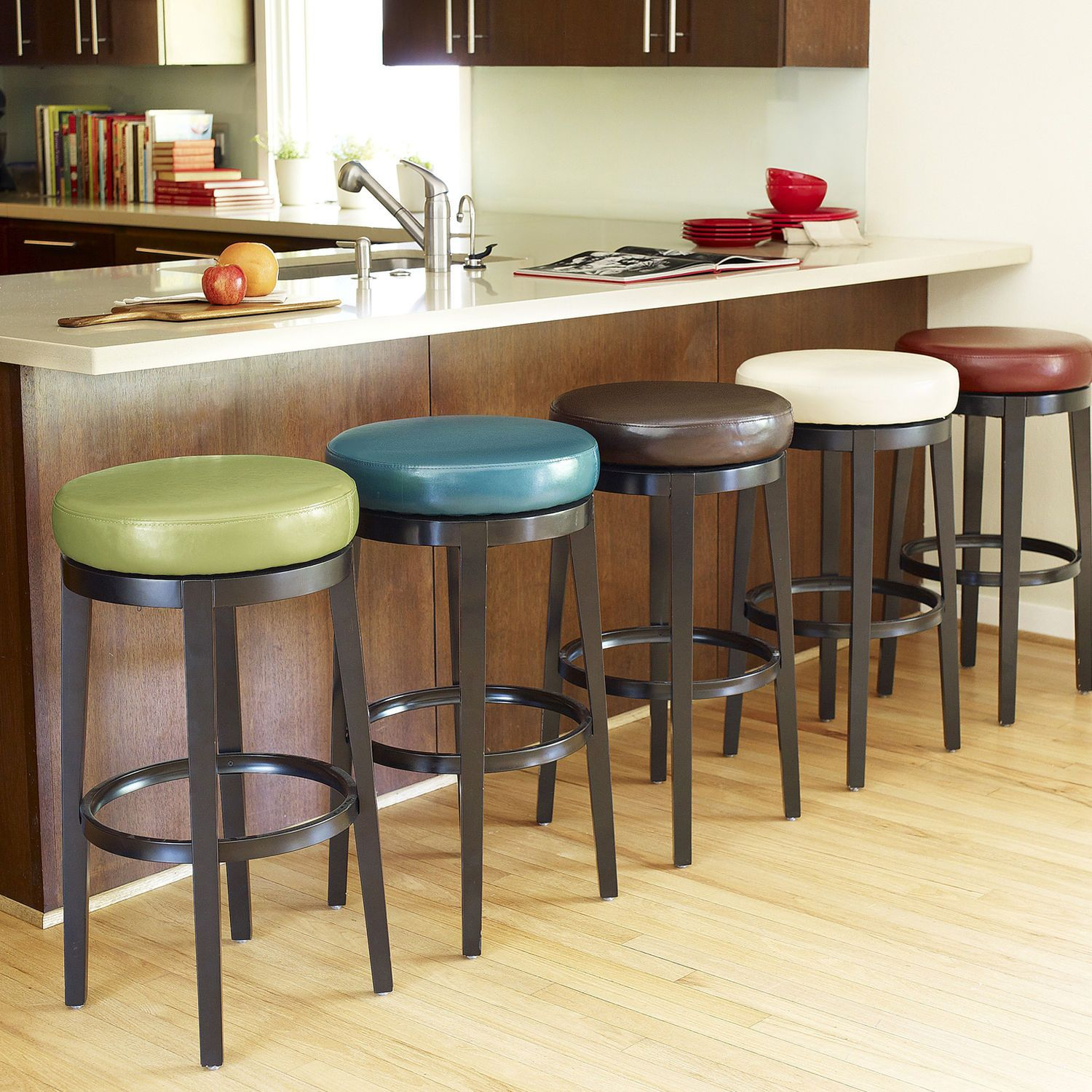 Stratmoor Brown Swivel Counter Stool