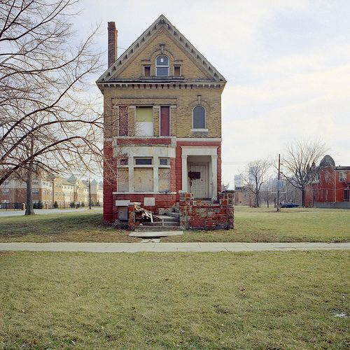 abandoned house in Brush Park, Detroit