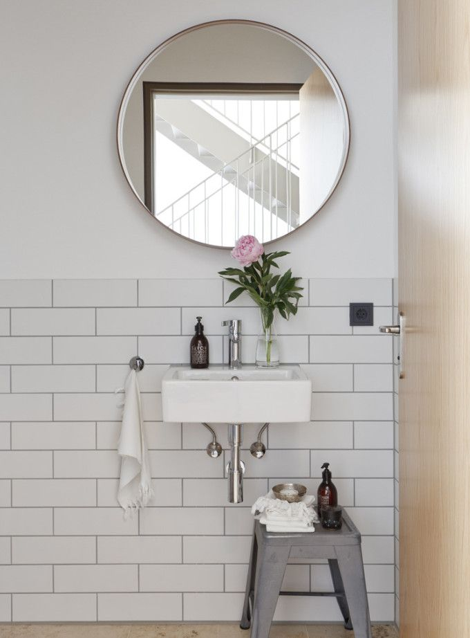 Serene Art Filled Home In Germany Glitter Inc Bathroom Inspiration Round Mirror Bathroom Bathroom Design