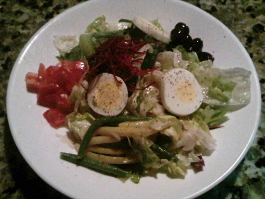 CHOPPED NICOISE SALAD The Melting Pot Copycat Recipe #themeltingpot CHOPPED NICOISE SALAD The Melting Pot Copycat Recipe #meltingpotrecipes