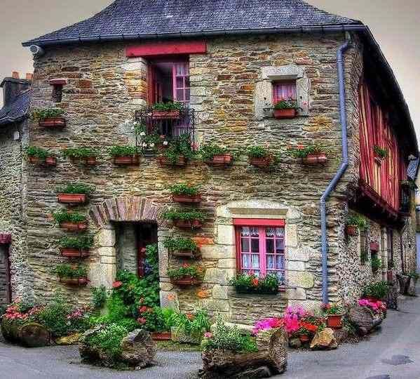 Home And Garden, Cute House