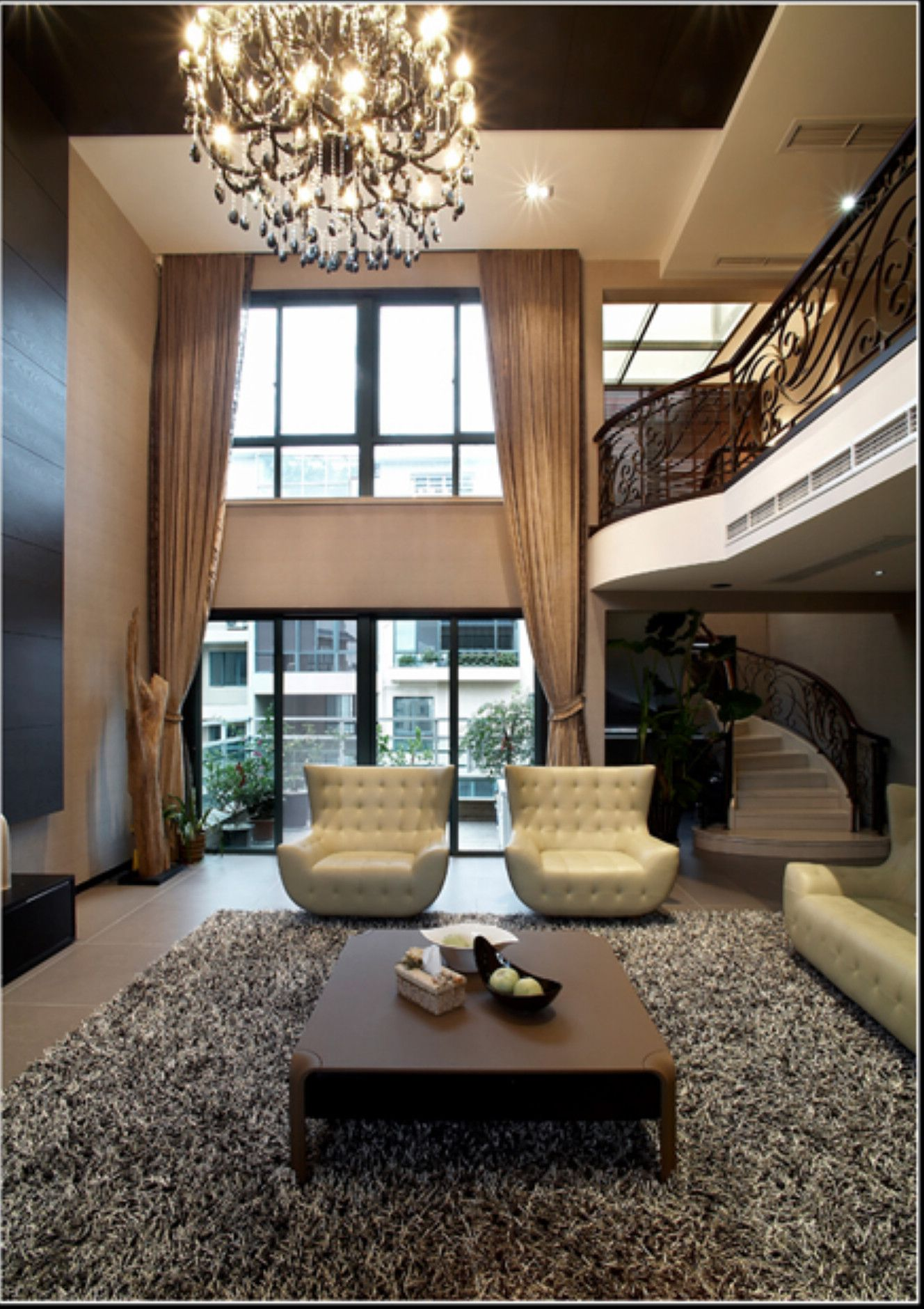 Love it! So open, big and chique | Loft interiors, Loft ...