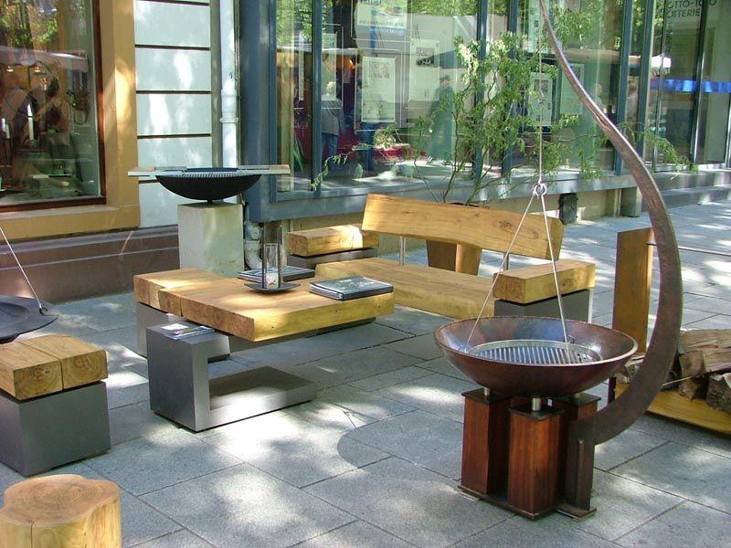 Sitzgruppe-Beistelltisch-Holz-Stahl Holzstelen Pinterest - gartendekoration aus altem holz
