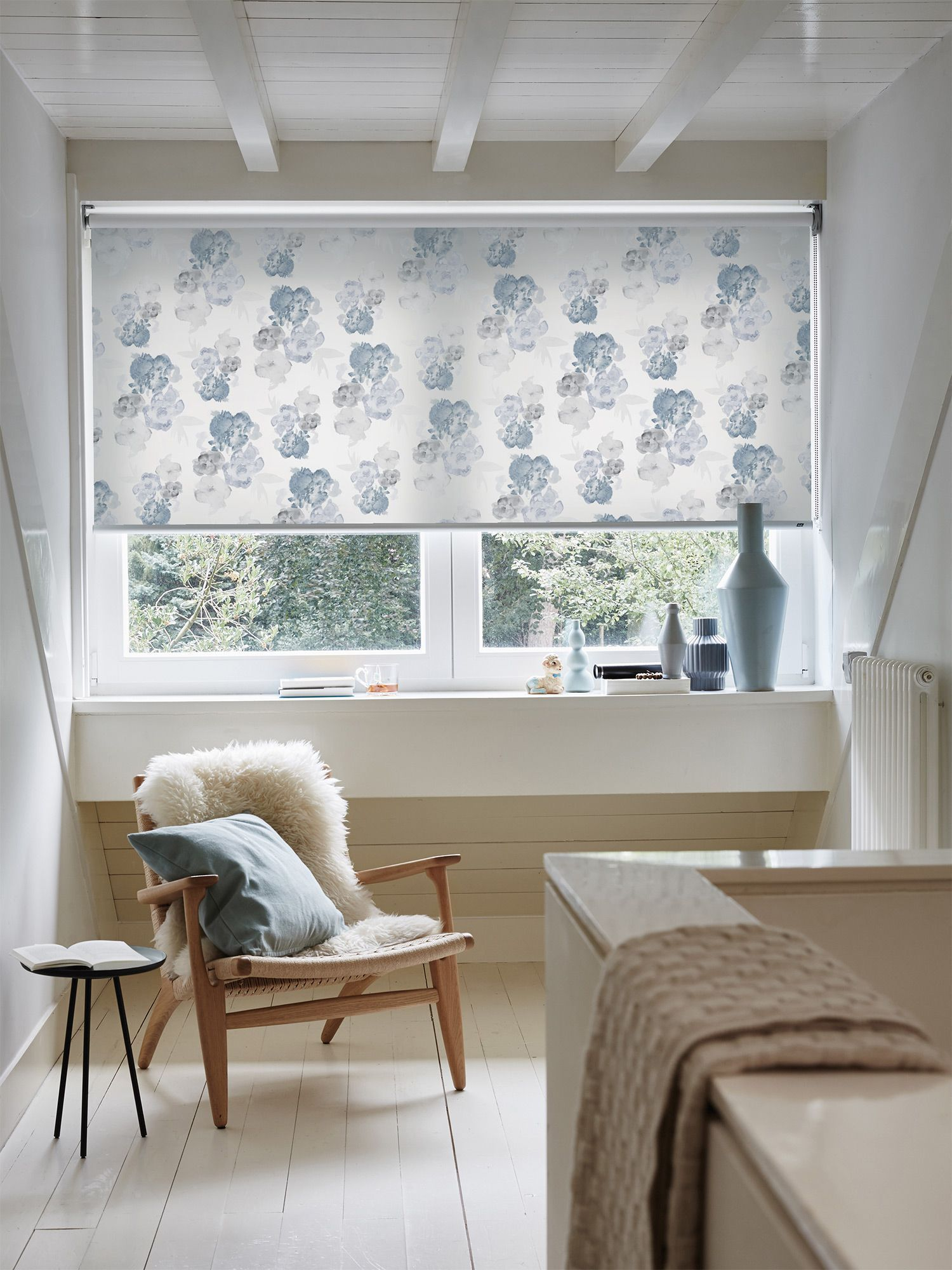 Roller blinds in bedroom verticalblindswithcurtains