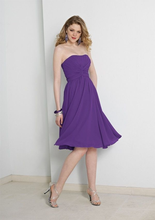 A-line Strapless Tea-length Chiffon Sleeveless Bridesmaid Dress With Twist BD0159