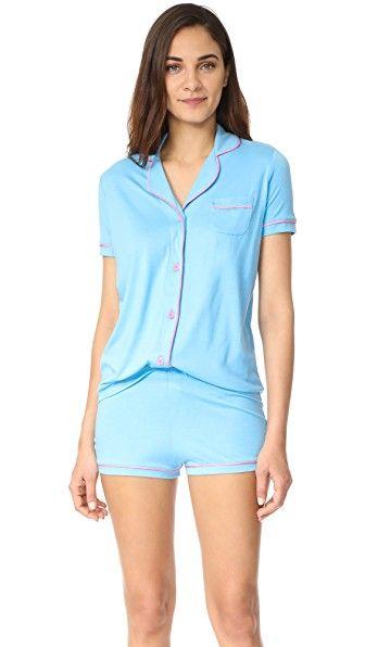 27cafc7830 ¡Consigue este tipo de pijama básico de Cosabella ahora! Haz clic para ver  los