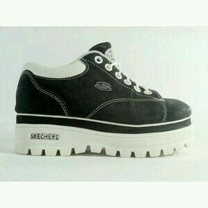 Ah, the Skechers platforms from the mid 90's. G;) | 90s shoes, Aesthetic  shoes, Chunky platform sneakers