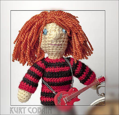 yw / Háčkovaný Kurt Cobain Nirvana amigurumi bábika