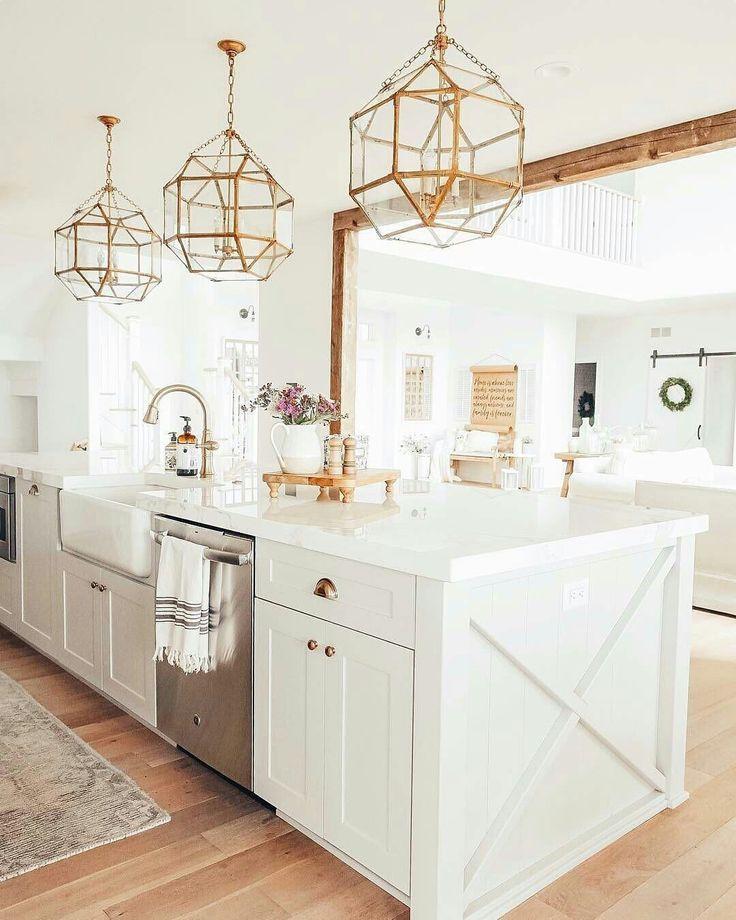 Weiss Gold Kucheninspiration Interior Design Kitchen Home Decor Kitchen Kitchen Inspirations