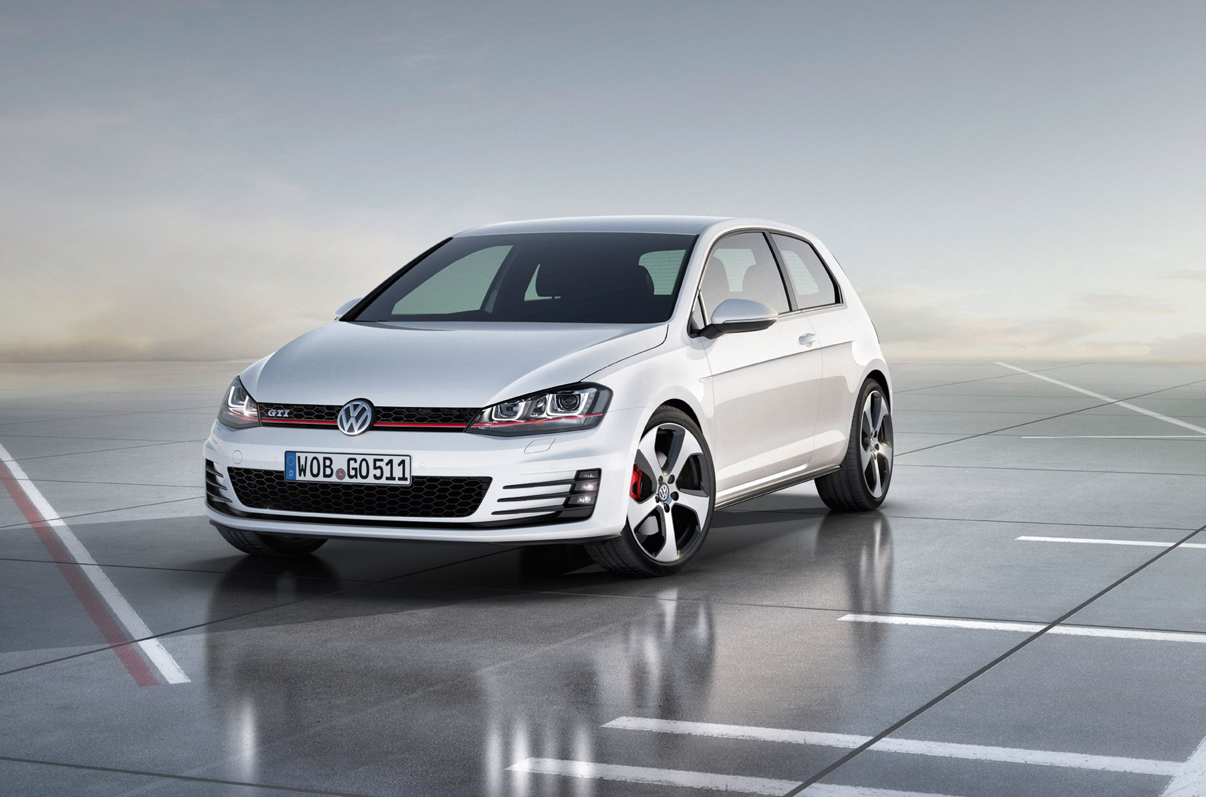 Volkswagen has released the official photo and unveiled the specification detail of the new 2012 volkswagen golf gti concept at 2012 paris auto show