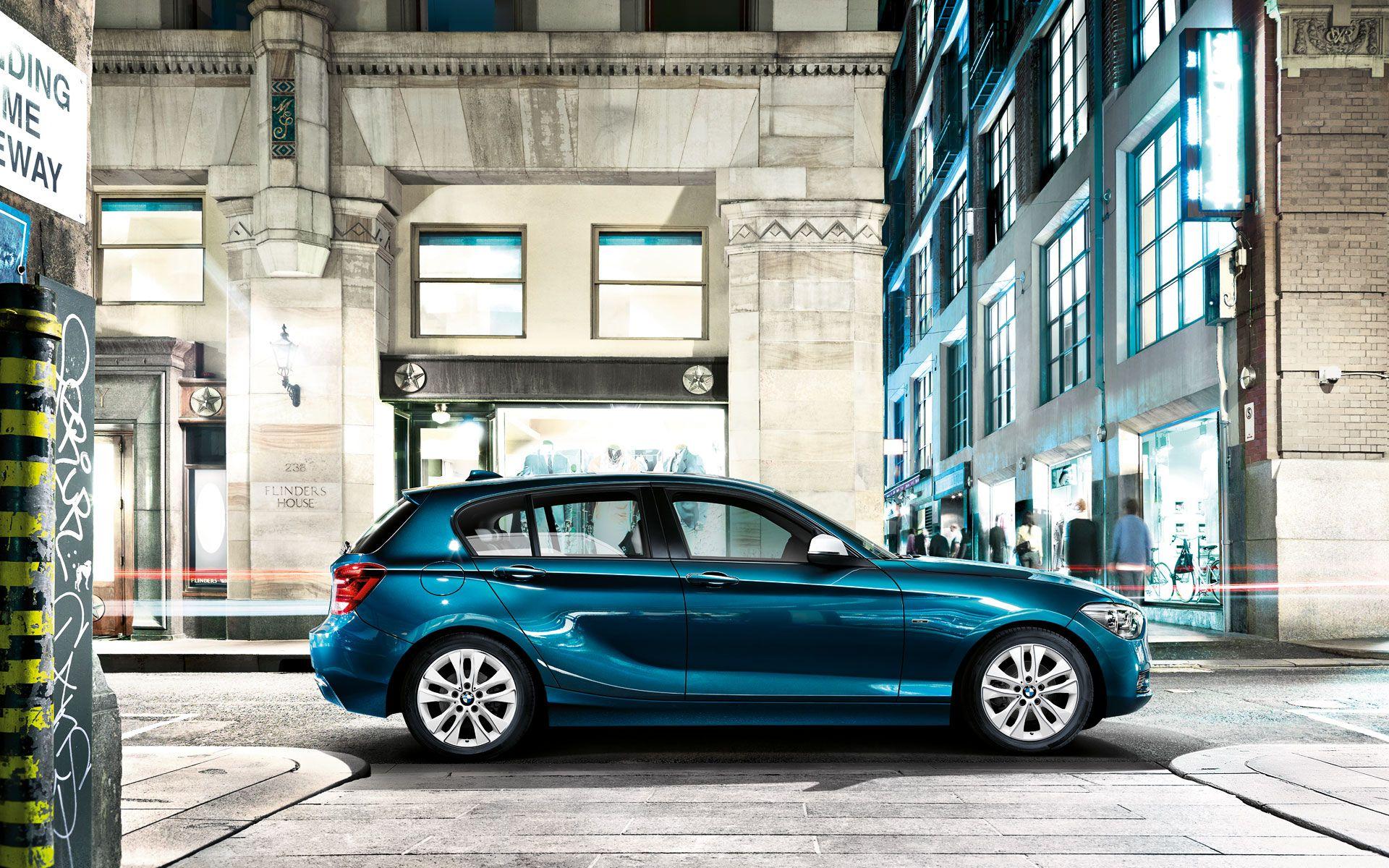 2013 Bmw 1 Series Hatchback Blue Car Wallpaper Side