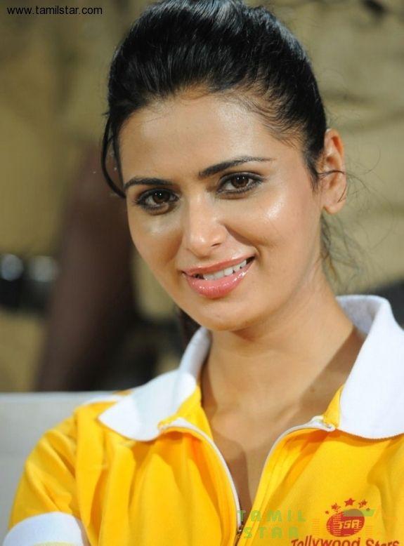 Actress Meenakshi Photo Gallery - Limrattra-Mp3-5615