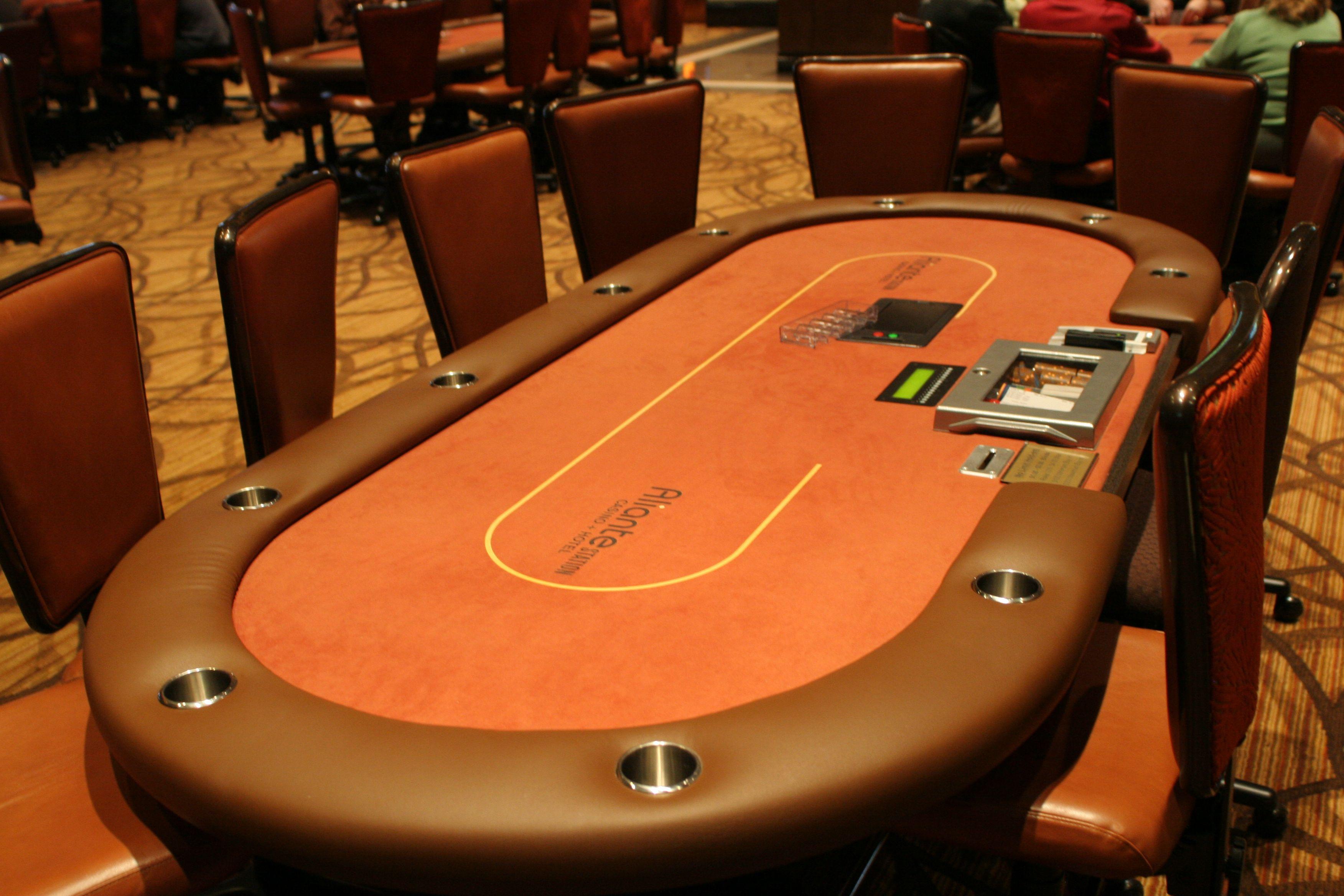 Poker Table Www Cartelpoker Com Poker Table Poker Las Vegas