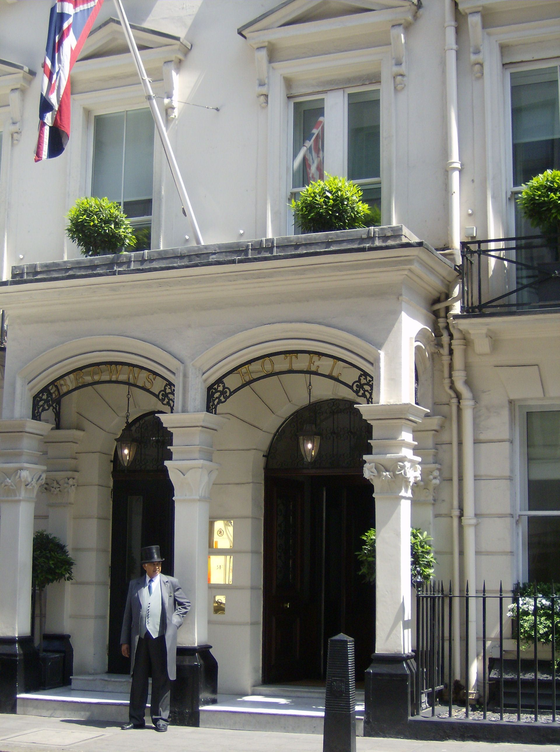 London's First Hotel. Opened In 1837 Had