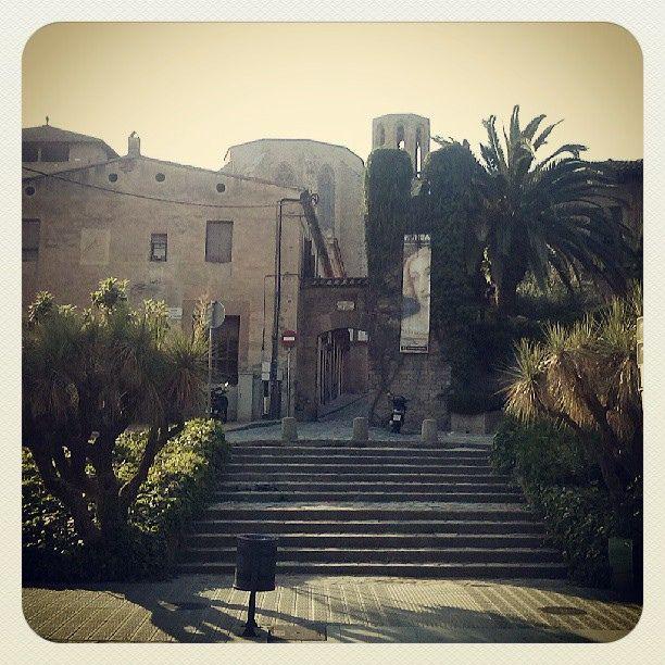 Camí del Monestir / To the Monastery #Barcelona Photo by Eva Garcia Pinos