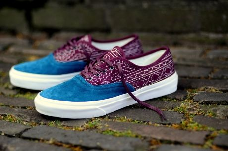 9e64e491cd Vans Authentic Slim CA Native Embroidery  Burgundy