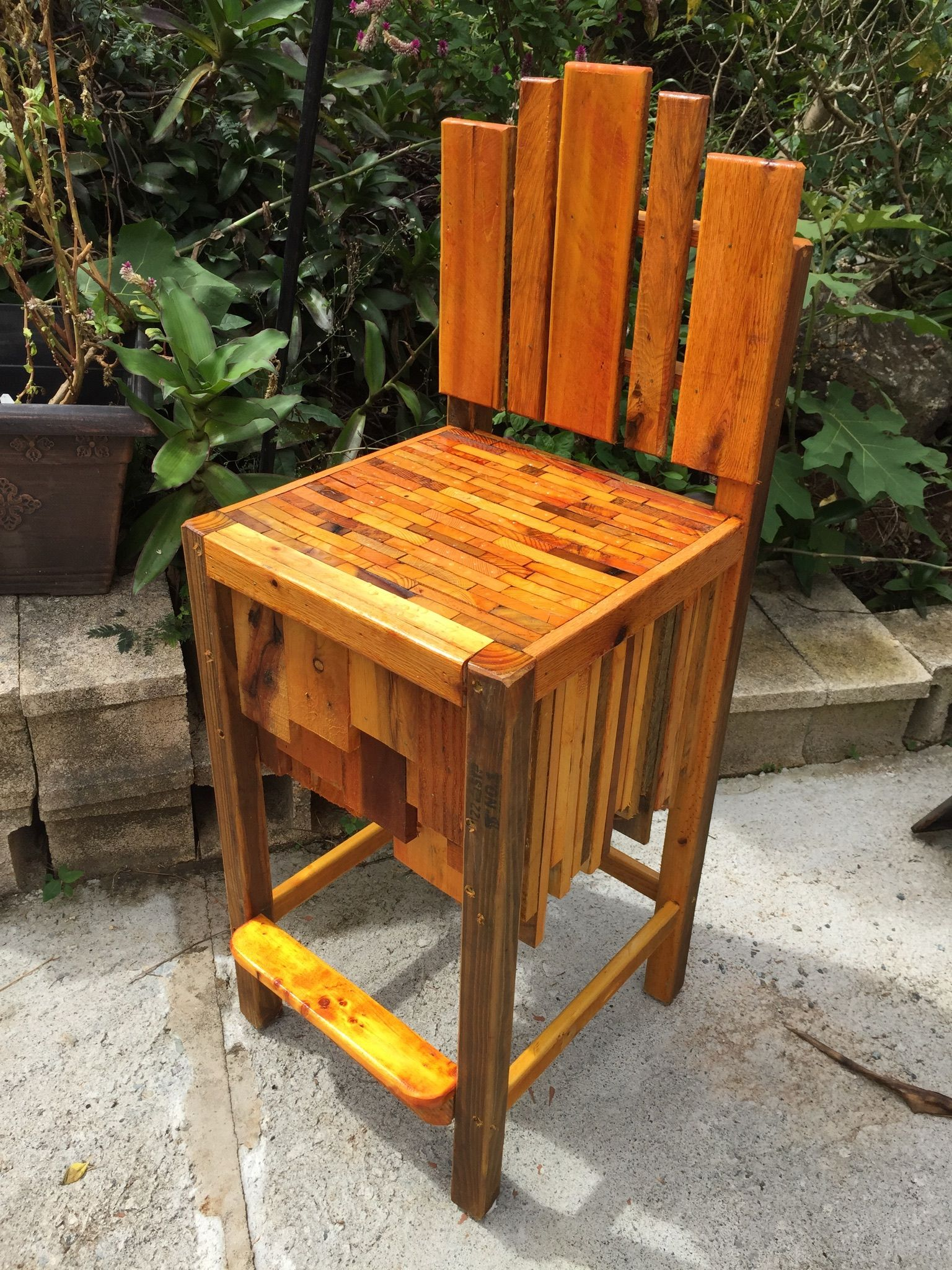 Pallet Bar Stool | Pallet bar stools, Stool, Bar stools