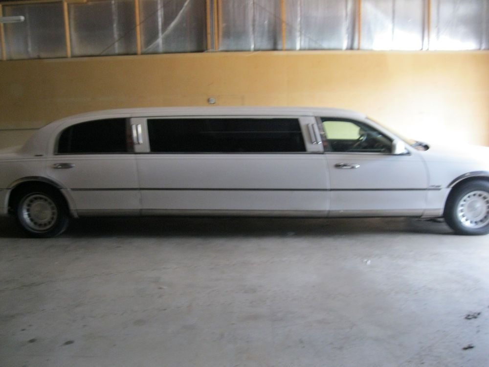 2000 Lincoln Town Car Limousine Priced To Sell Ebay Link Other