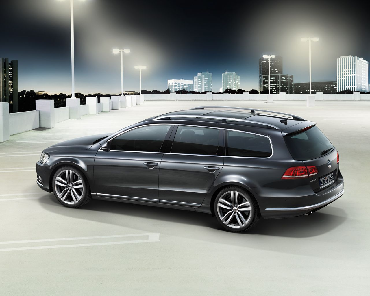 2013 volkswagen passat variant car side photos vw. Black Bedroom Furniture Sets. Home Design Ideas