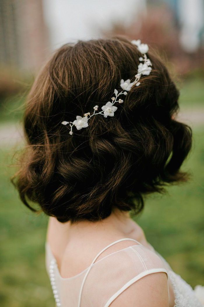 Wedding hairstyles with rustically chic style short wedding featured photographer lev kuperman photography junglespirit Choice Image