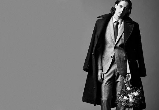Martiño Rivas dressed in De Fursac suit and shirt for GQ Spain