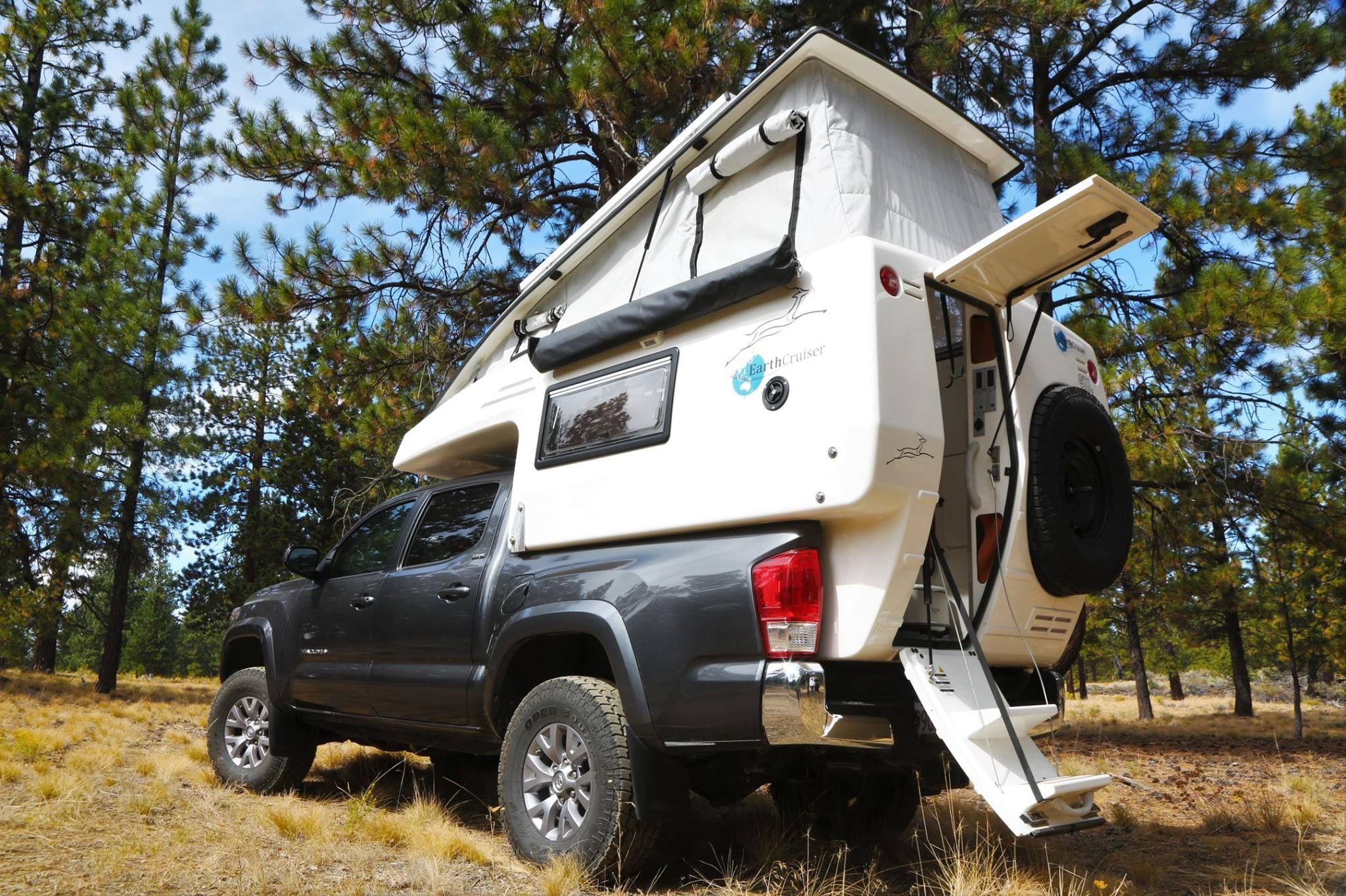Getting to know whats inside the EarthCruiser GZL.