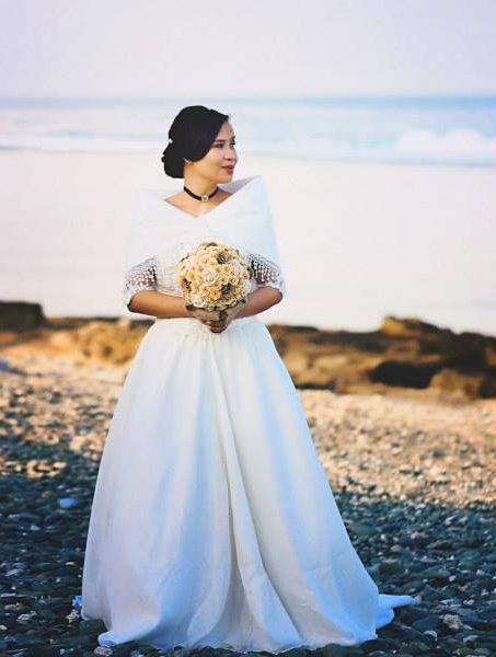 Maria Clara Wedding Gown worn in a simple wedding in Luna La Union ...