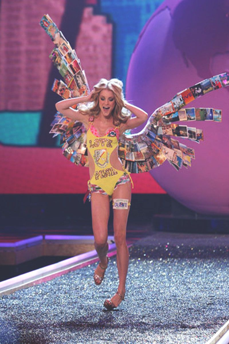 How To Get In Victoria S Secret Fashion Show